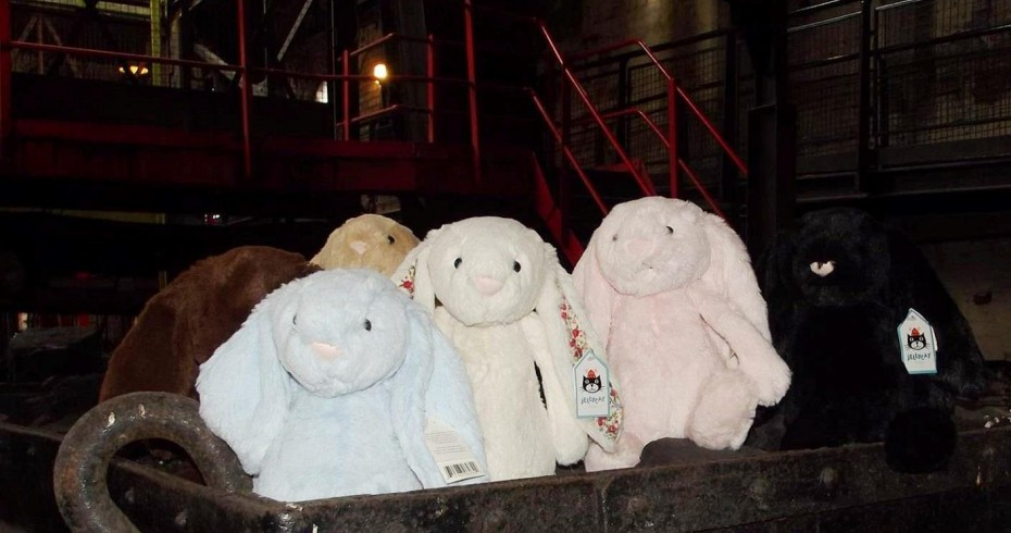 easter bunnies in coal wagon