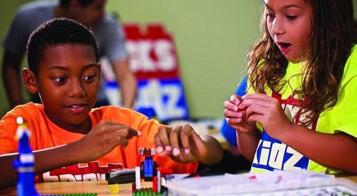Bricks 4 Kidz - LEGO City Builders image
