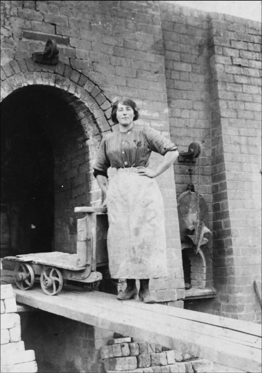 carfin brick worker