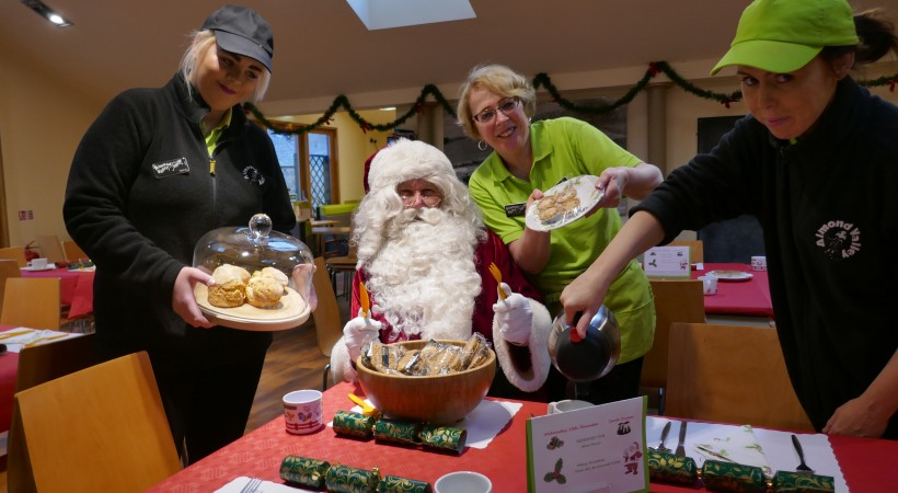 Santa Suppers image