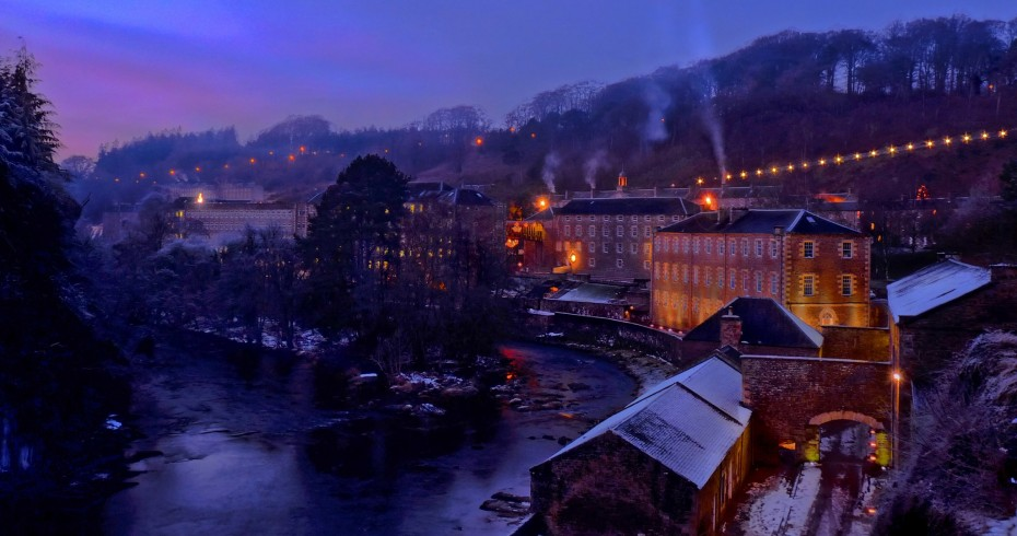 new lanark at dusk in snow