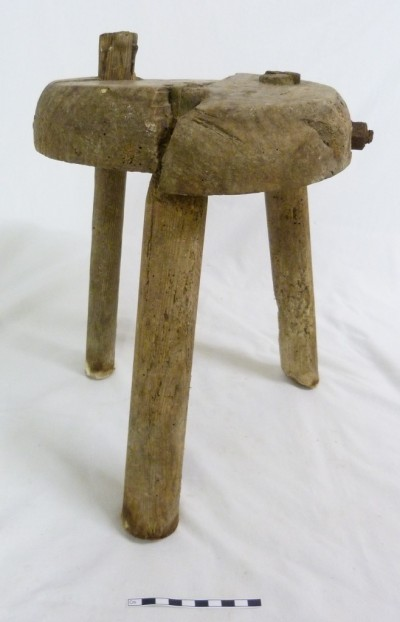Willie's stool image