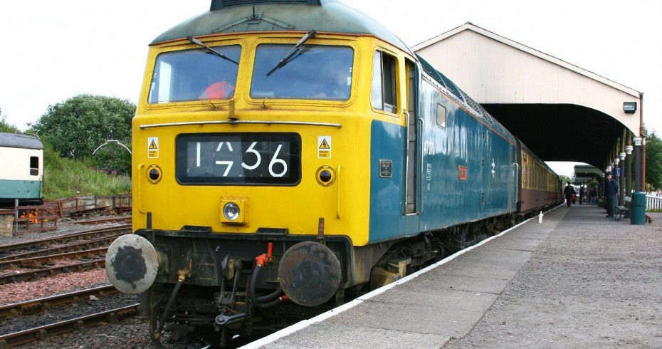 diesel railway train bo'ness