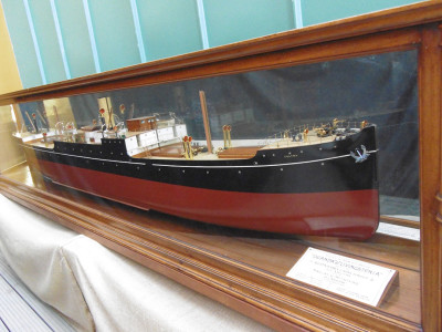 Shipmaker's Model of the SS Uganda/Livingstonia image