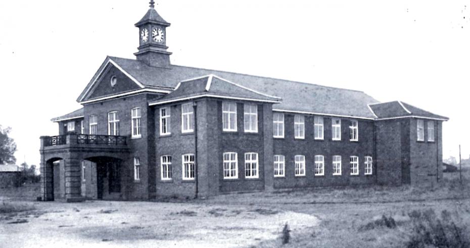 historic image of mossband clock in situ