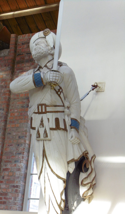 Figurehead from RMS Claymore image