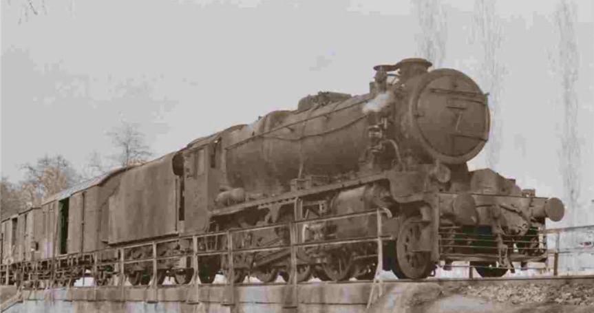 8f 2-8-0 No.45170 on the Samsun to Sivas Line 1