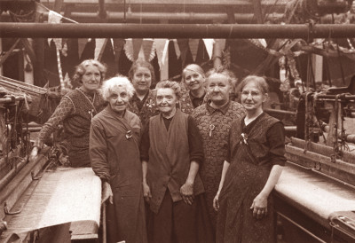 Photograph of Veteran Weavers, Constable Works image